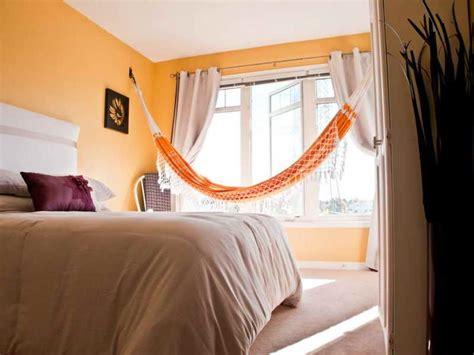 ways  hang  hammock   bedroom wearefound home