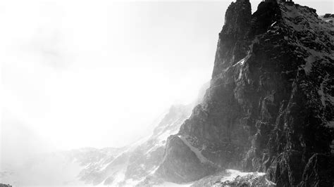 black and white mountain wallpaper black and white snow wallpaper wallpapersafari