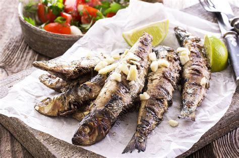 cuisiner des sardines comment accompagner des sardines grill 233 es