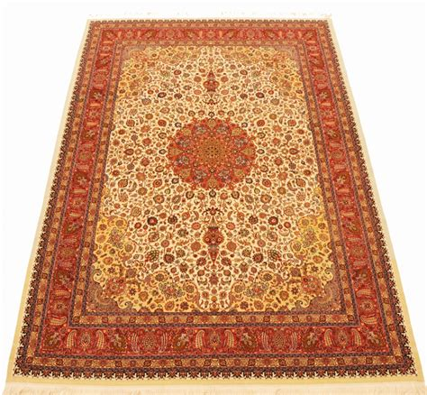 mashad rug mashad rug is a product of the saber workshop in mashad