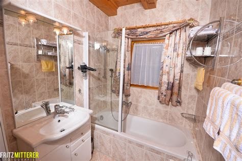 badezimmer badewanne dusche badezimmer dusche oder badewanne raum und m 246 beldesign
