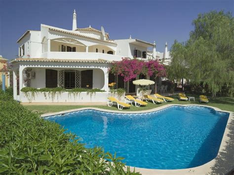4 bedroom villa with air conditioning and 1005971