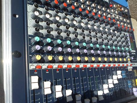 Mixer Soundcraft Efx 12 image gallery soundcraft efx12