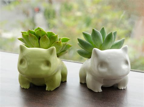 Bulbasaur Planter by Pok 233 Mon Bulbasaur Planter Potted