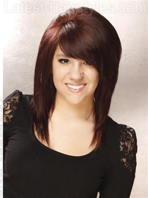 medium haircuts with bangs and chunky color medium haircuts with bangs and layers