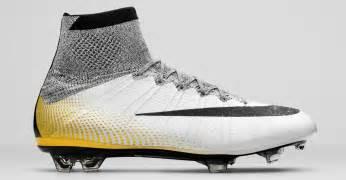 Ronaldo cleats gold 2015 nike mercurial superfly cristiano ronaldo