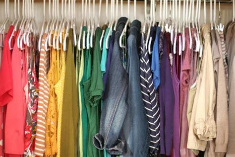 organize closet by color how to organize your closet