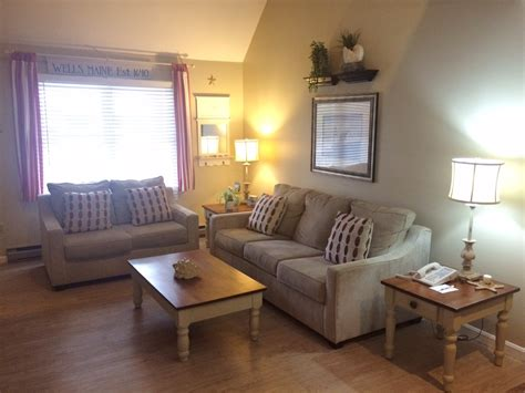 Room Definition by One Or Two Bedroom Suites In Maine At Elmwood