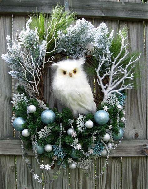 classic christmas owl wreath decorations