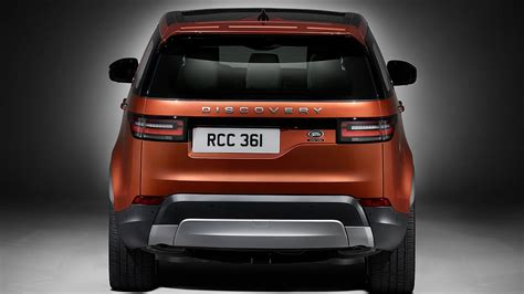 discovery land rover back 2017 land rover discovery revealed at last motoring