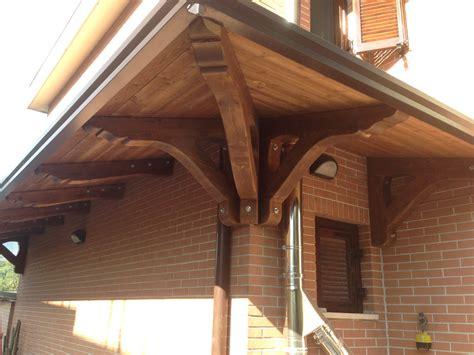 foto di tettoie in legno tettoia in legno 23 dettaglio pino costruzioni srls