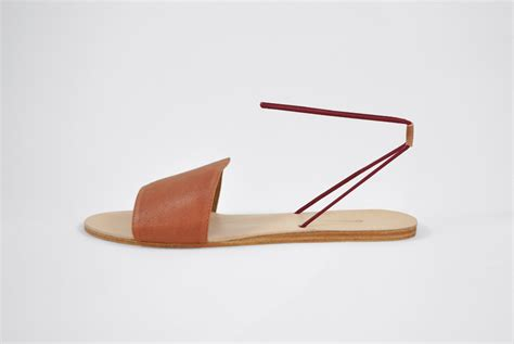 Sale Flat Shoes Snacker Merah the palatines refero sandal rust leather with wine