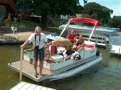 16 pontoon boat home page of logoboats 6 foot wide by 16 foot long pontoons
