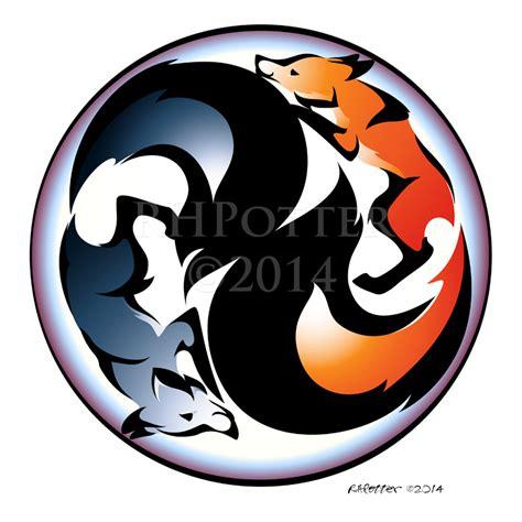 yin yang kitsune