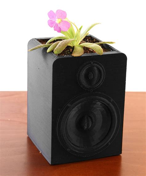 Planter Speakers by Speaker Planter Answers Question What S The Sound Of A