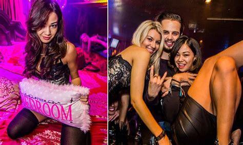 The Bedroom Nightclub Gold Coast by Slain Backpacker Was A Waitress At Gold Coast