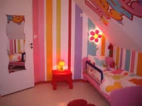 Marvelous Chambre Fille Rose Et Gris #3: Couleur-de-peinture-pour-chambre-fille-bande-la-decoration-h-fille-peinture-de-08280659.jpg