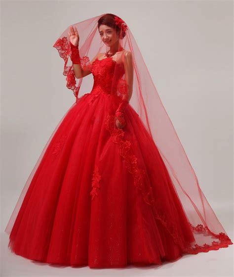 1708074 Ungu Gaun Pengantin Wedding Gown Dress 20 inspirasi gaun pernikahan yang gak berwarna putih agar