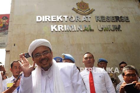 Kaos Front Pembela Islam 2 habib rizieq batal pulang ke indonesia ini alasannya republika