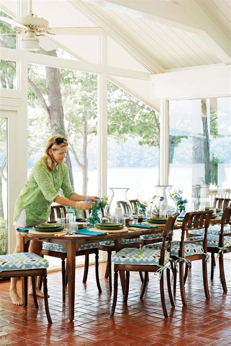 work with the architecture southern living paint color recommendations