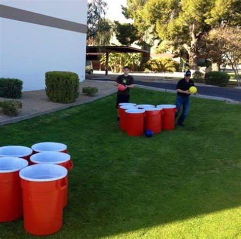 adult backyard games check out this giant beer pong game summer pinterest