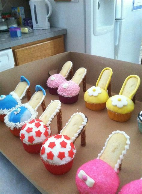 Cupcakes Served By A Fashionista by High Heel Cupcakes Thinking About These For
