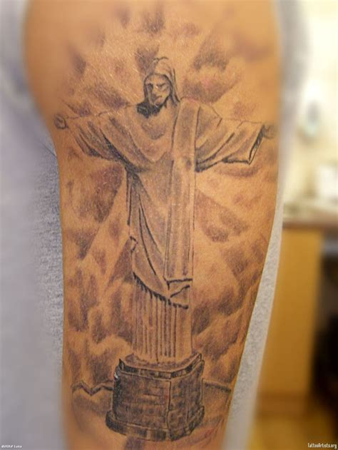 25 latest christ the redeemer tattoos