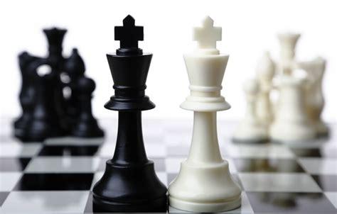 Chess Table Amazon Wallpaper Chess King Black White Images For Desktop