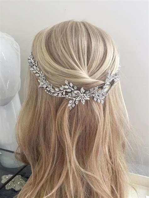 Wedding Hair Accessories For Toddlers by 1000 Ideas About Tiara Hairstyles On Wedding