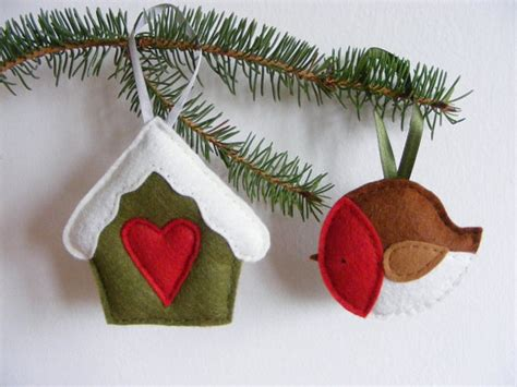 christmas decorations pattern felt ornaments by bigdreamsupply pdf pattern set of two christmas tree ornaments felt robin