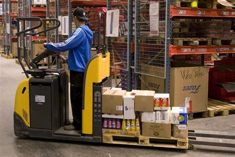 warehouse order picker neiltortorella