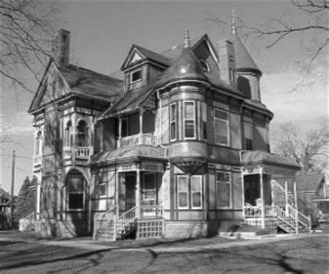 5 american haunted houses their creepy backstories top ten haunted houses in the usa