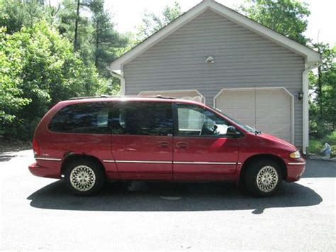 Chrysler Town And Country All Wheel Drive by Buy Used 1997 Chrysler Town Country Lxi All Wheel Drive