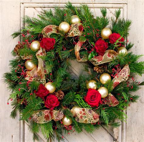 holiday wreath christmas wreaths
