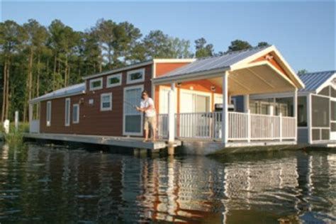 luxury house boats for sale houseboats for sale pre season 2009 get a custom houseboat for vacations and