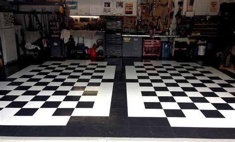 Black & White Self Adhesive Vinyl Tile   Low Cost Flooring