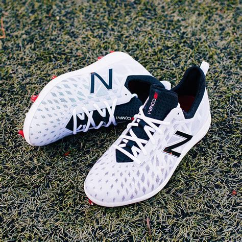 Jbs 15 Jaket Baseball 3sd Coce what pros wear new balance compv1 cleats offer new plate designed to perform on turf what pros wear
