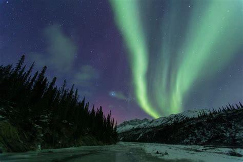 alaska lights tour arctic alaska norhern lights tours hugh photography