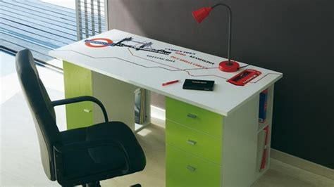 cool desk decorations cool study desk decorating ideas for teen 02 stylish
