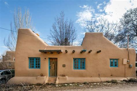 pueblo style house plans a pueblo style solar house in santa fe small house bliss