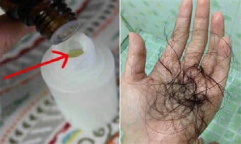 Minyak Esensial Rosemary kesal dengan rambut rontok teteskan ini kedalam so anda dan masalah ramut rontok pun segera
