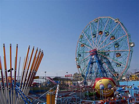 theme park new york amusement park in coney island political teen tidbits