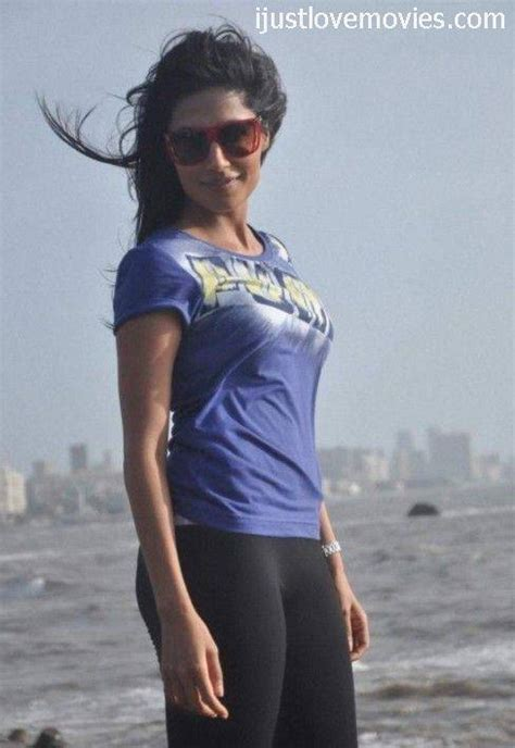 bollywood actress figure photos best figure actress in bollywood indiatimes