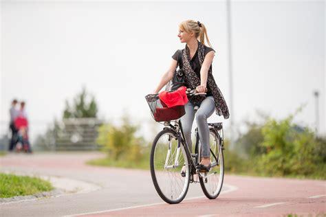 riding  bike  work