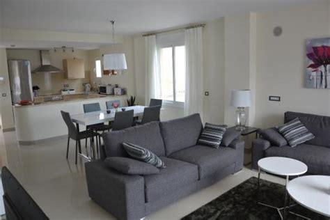 30 qm wohn esszimmer obere terrasse ca 30 qm bild cortijo mar