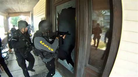 Fbi At Door by Indiana Grandmother Suffers Swat Raid After A