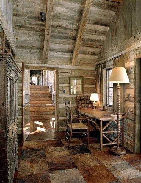small rustic cabin interiors   Brokeasshome.com