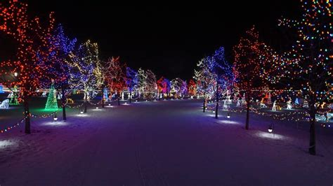 christmas lights and decorations in edmonton 2017