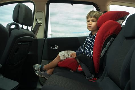 Insurance Institute Finds Safety of Child Booster Seats