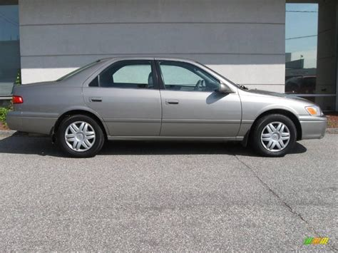 Toyota Camry Le 2000 2000 Antique Pearl Toyota Camry Le 15632816 Photo 2